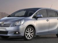 Toyota Corolla Verso обзор авто
