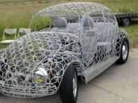Кружевной автомобиль также, как и автомобиль-зомби или автомобиль- чужой необычен