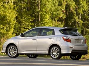Инженеры-создатели Toyota Matrix воплотили в автомобиле свойства седана с внедорожником