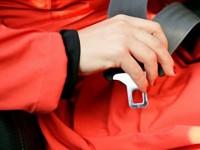 Безопасный автомобиль: ремень безопасности+ подушки безопасности