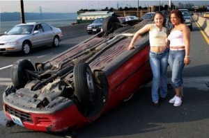 За рулем женщин волнует: ГИБДД, стрессы и возможность попасть в аварию