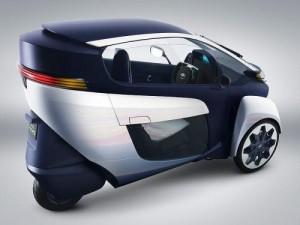 i-Road -мобиль для движения впробках от Тойота