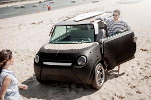 автомобиль будущего- 4-х колесный электромобиль Тойота