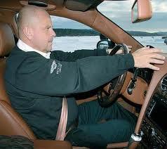 основы правильной посадки за рулем автомобиля